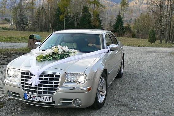 ... už sa to blíži ... 2.júl 2011 :-)))) - nase svadobne aurticko ;-)