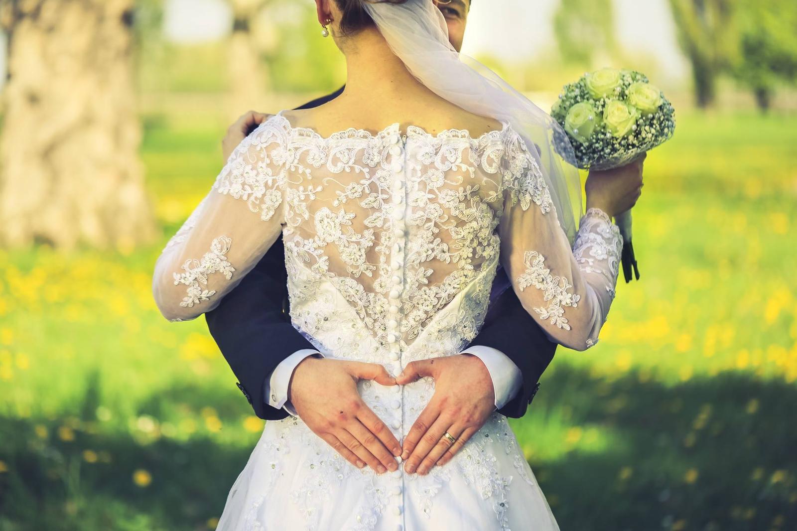 Svadobné šaty dlhý rukáv, krajka - Obrázok č. 3