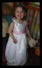 Můj malinkej miláček Anetka, šatečky je ještě třeba dodělat! :O)