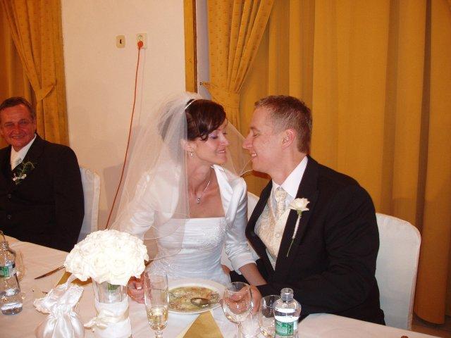 Martina{{_AND_}}Marek - hubička pred svadobnou polievkou
