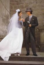 nakonec bude ženich oblečen  nějak takto :-)