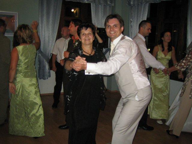 Martina Lastičová{{_AND_}}Andrej Štrajt - Zenich s maminkou