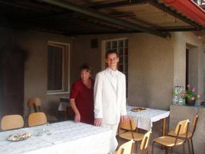Jerště momentky z domova - ženich s mojí mamkou