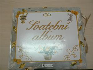 Svatební album - dostala jsem ho k narozeninám od budoucí tchýně