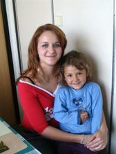 moje krásná sestřička družička 2 s malou Sabinkou:-)...náš mazánek :-D