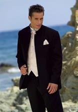 On :) Jeho oblek :)
