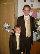Zenich se svym synem a druzbou :D
