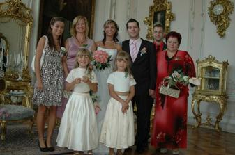 ... a máme to za sebou - rodinné foto :o)