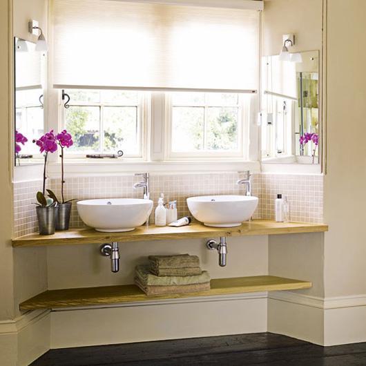Farebnosť do malej kúpeľne - Pekná farebnosť- okrem podlahy