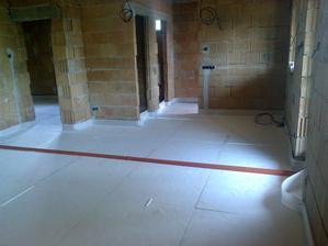 zateplenie podlahy - stred a severná strana domu