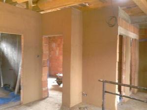 pokračujeme s blatom na stenách :D :D :D velmi dobre sa s tým robí, hlavne stačí umyt ruky a podlahu :) žiadne zatvrdliny a podobne :)