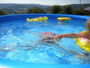 a plávame a plávame od rána až do západu...chápete to