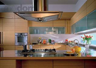 rozlozenie kuchyne skoro ako ja chcem - len este pri rure chcem mikrovlnku a okno trosku vyssie a nad nim iba jednu radu skryniek