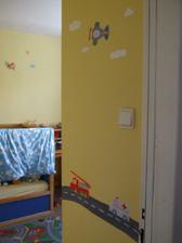aj pri dverách do izby som sa realizovala.... :D odfotené ešte pred urobením čelnej steny s hlavným obrázkom...