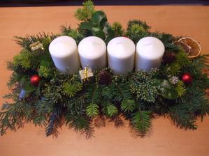 môj tohtoročný výtvor z Vianočných tvorivých dielní... ešte som urobila 2 ďalšie pre moje dve mamky, ale neodfotila... :D