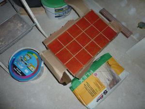 Kuchyňské obklady připravené k nalepení