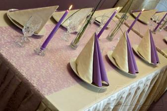 takhle nějak si představuji stůl :-))