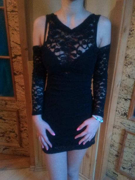 Krátke čipkované šaty - Obrázok č. 1
