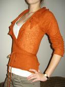Značkový módny svetrík, M