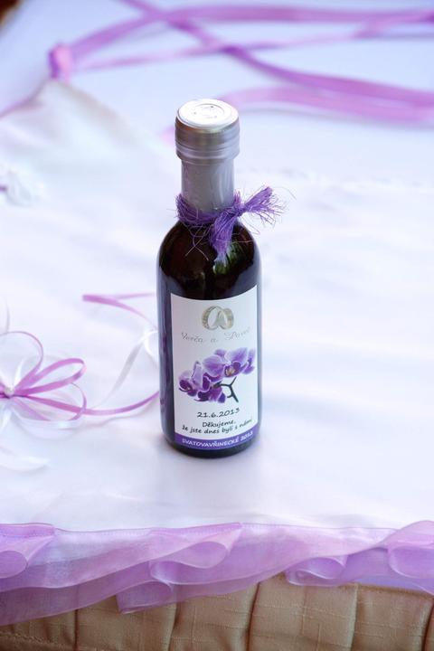 Vína, minivína, čokoládky s originální etiketou - Obrázek č. 26