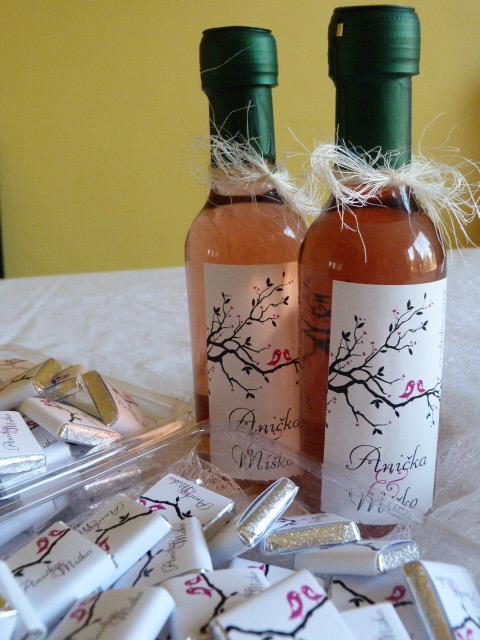 Vína, minivína, čokoládky s originální etiketou - Obrázek č. 7