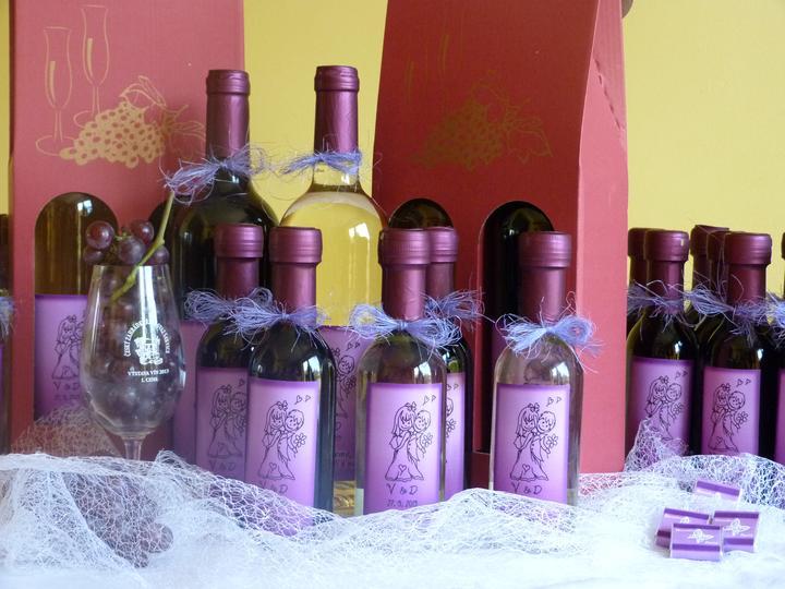 svatební vína s originální etiketou - Obrázek č. 1