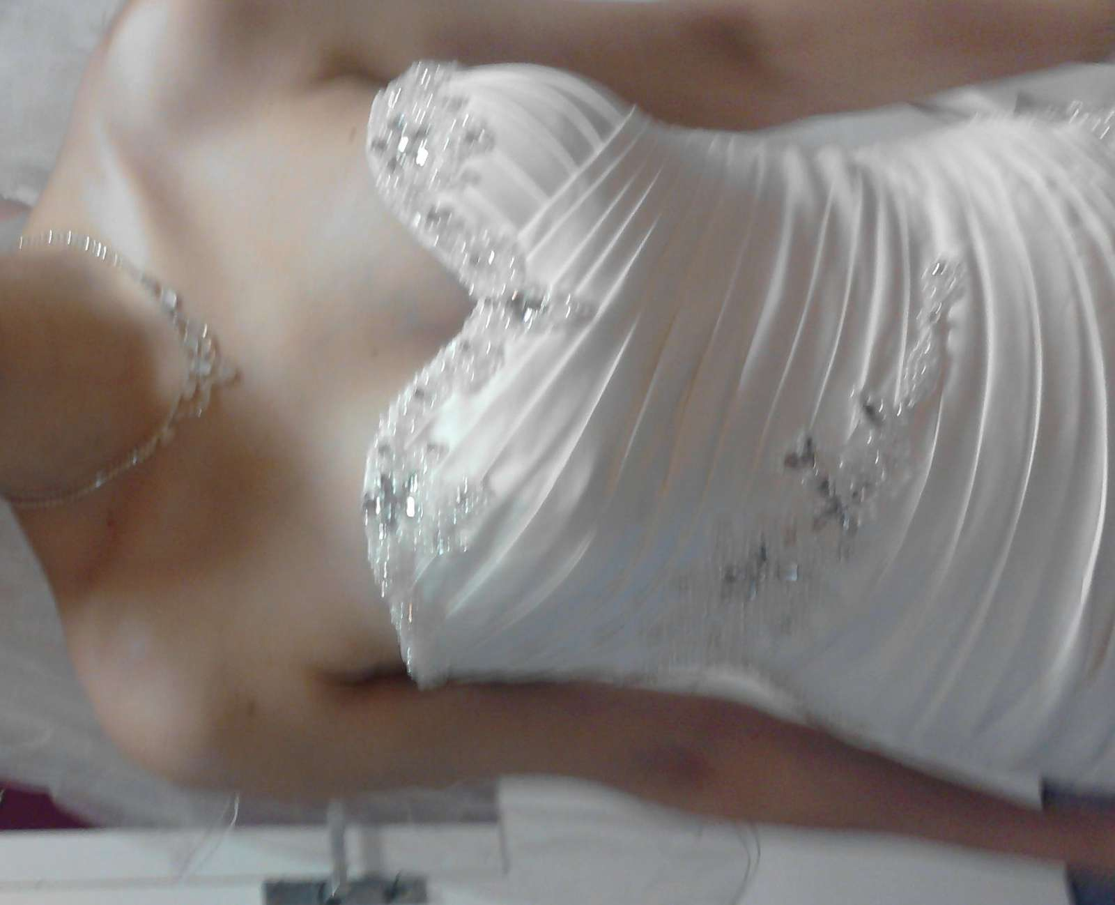 Ručně vyšívané svatební šaty vel. 36-40 - Obrázek č. 3