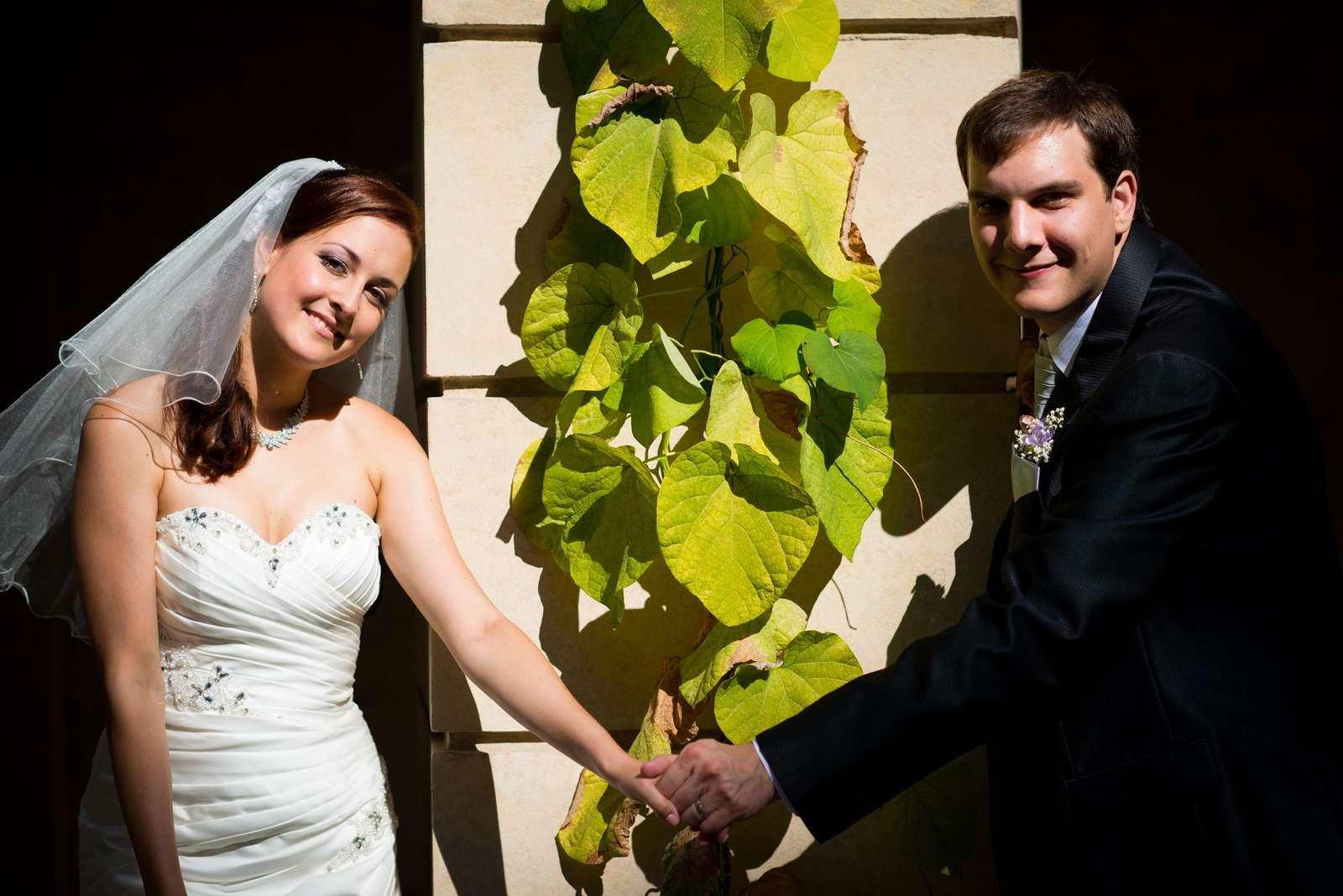 Ručně vyšívané svatební šaty vel. 36-40 - Obrázek č. 4