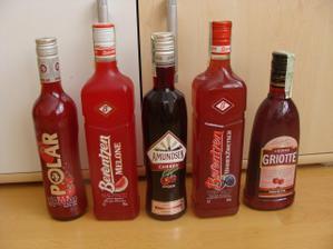 Na červenou svatbu červené pití :-)