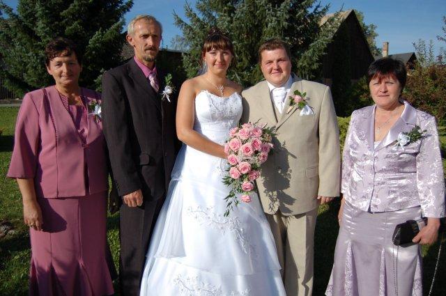 Veronika Ondrušová{{_AND_}}Andrej Klimo - s rodičmi