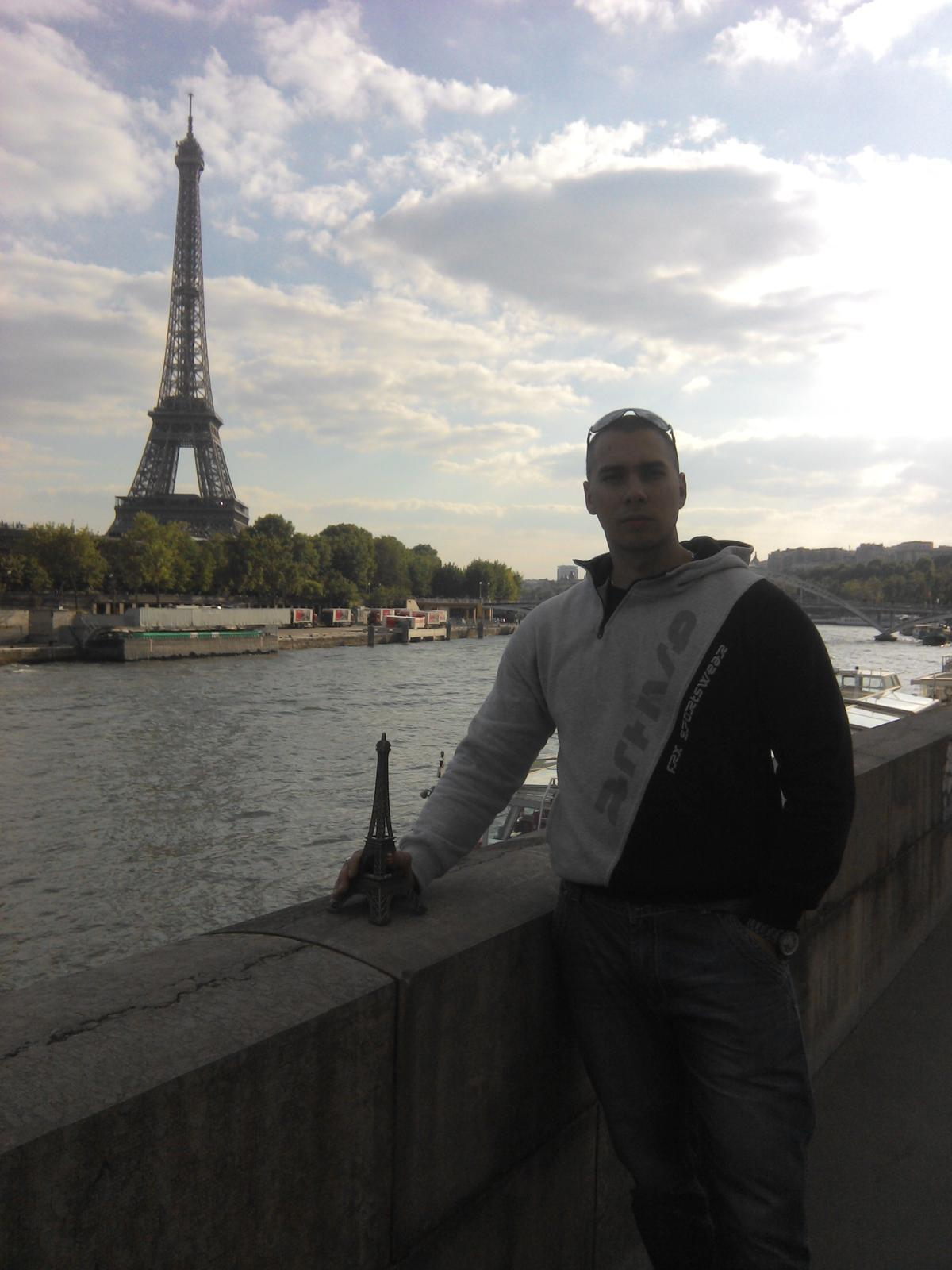 Zásnuby v Paríži 3.5.2014 :) - Obrázok č. 7