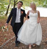 Svatební šaty od Agnes Fashion Group, 38