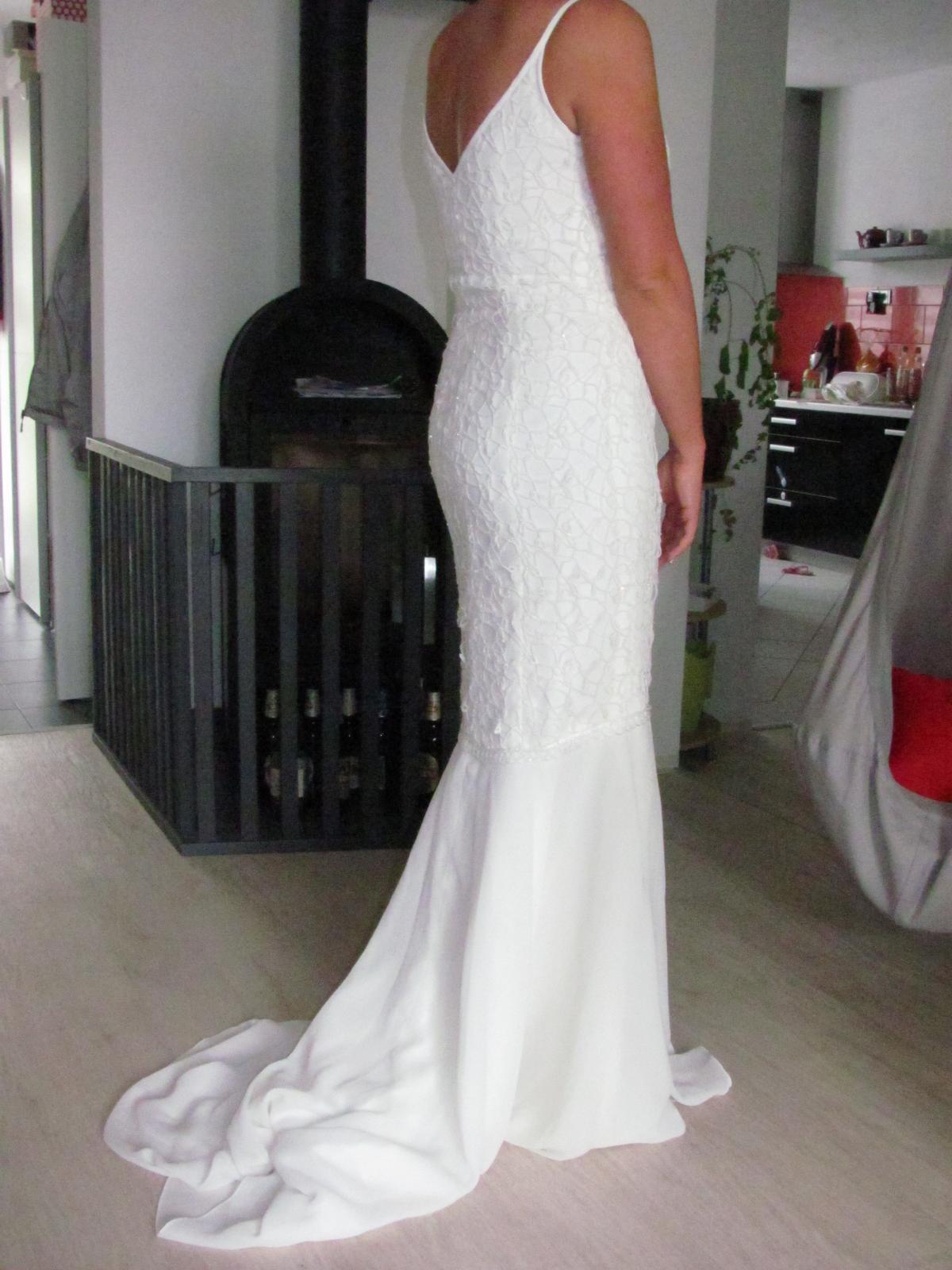 Svatební šaty champagne vel. 38 - Obrázek č. 1