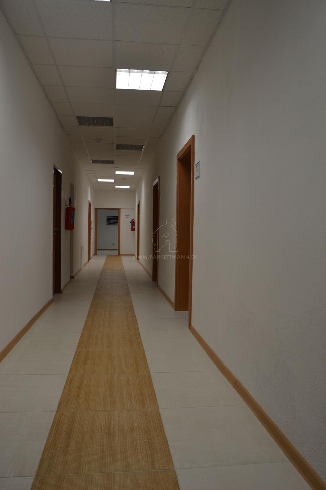 Z našich realizácií : CPL interiérové dvere - Obrázok č. 2