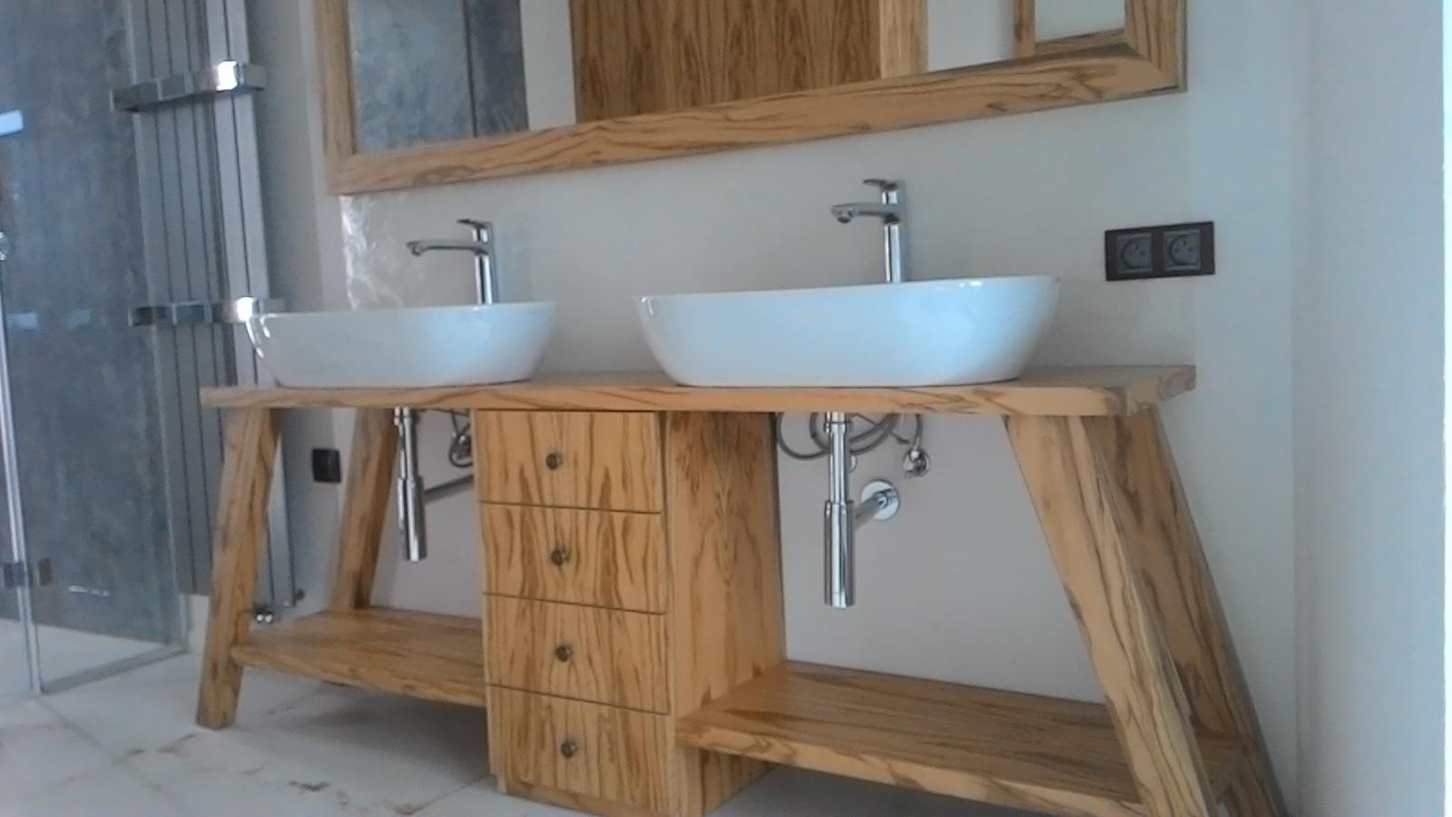 Koupelnovy nábytek může být... - Obrázek č. 2