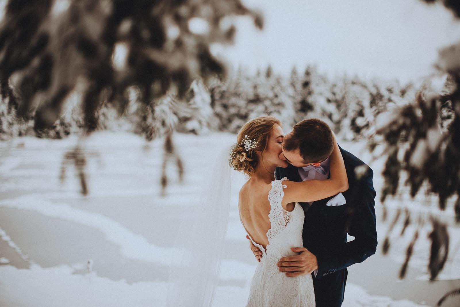 Tatranská zimná svadba - vysoký manžel :)
