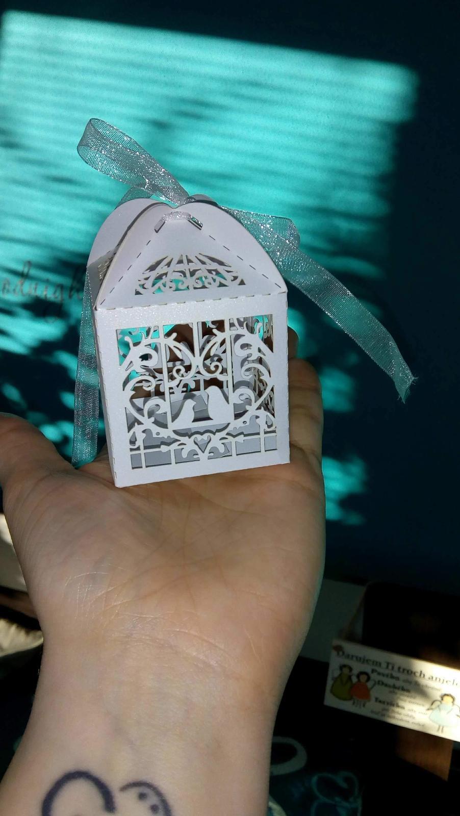 ❤️ tá naša vysnívaná ❤️ - Krabičky s darčekmi, vo vnútri sú voňavé čajové sviečky