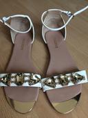 Nadherne sandalky s kamienkami, 40