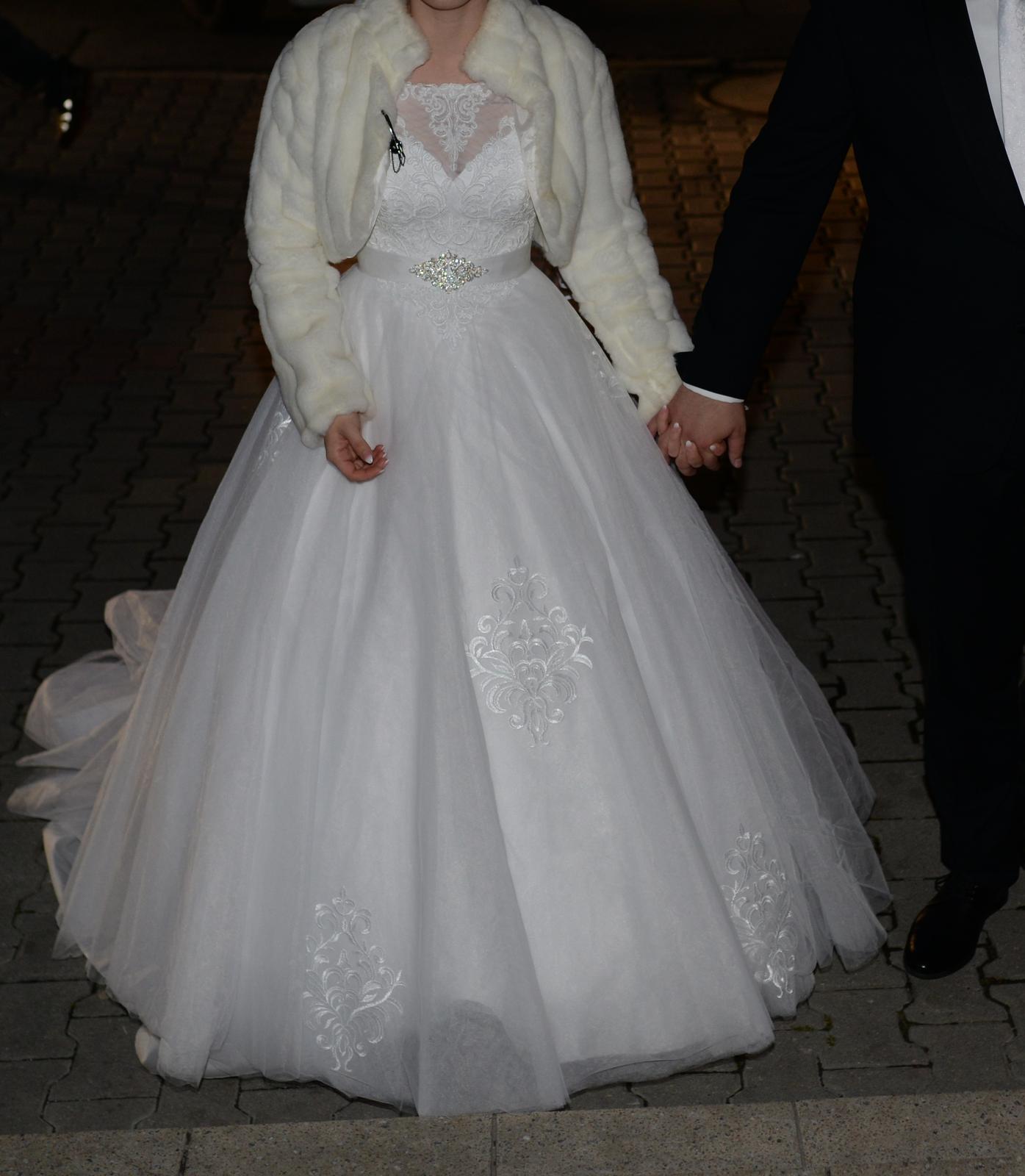 Svadobné šaty 36-38 - Obrázok č. 3