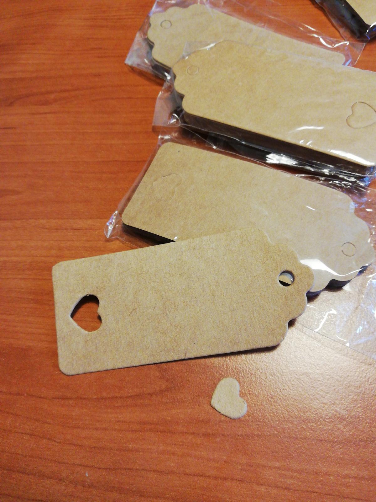 Papírové cedulky např na krabičky s cukrovim  - Obrázek č. 3