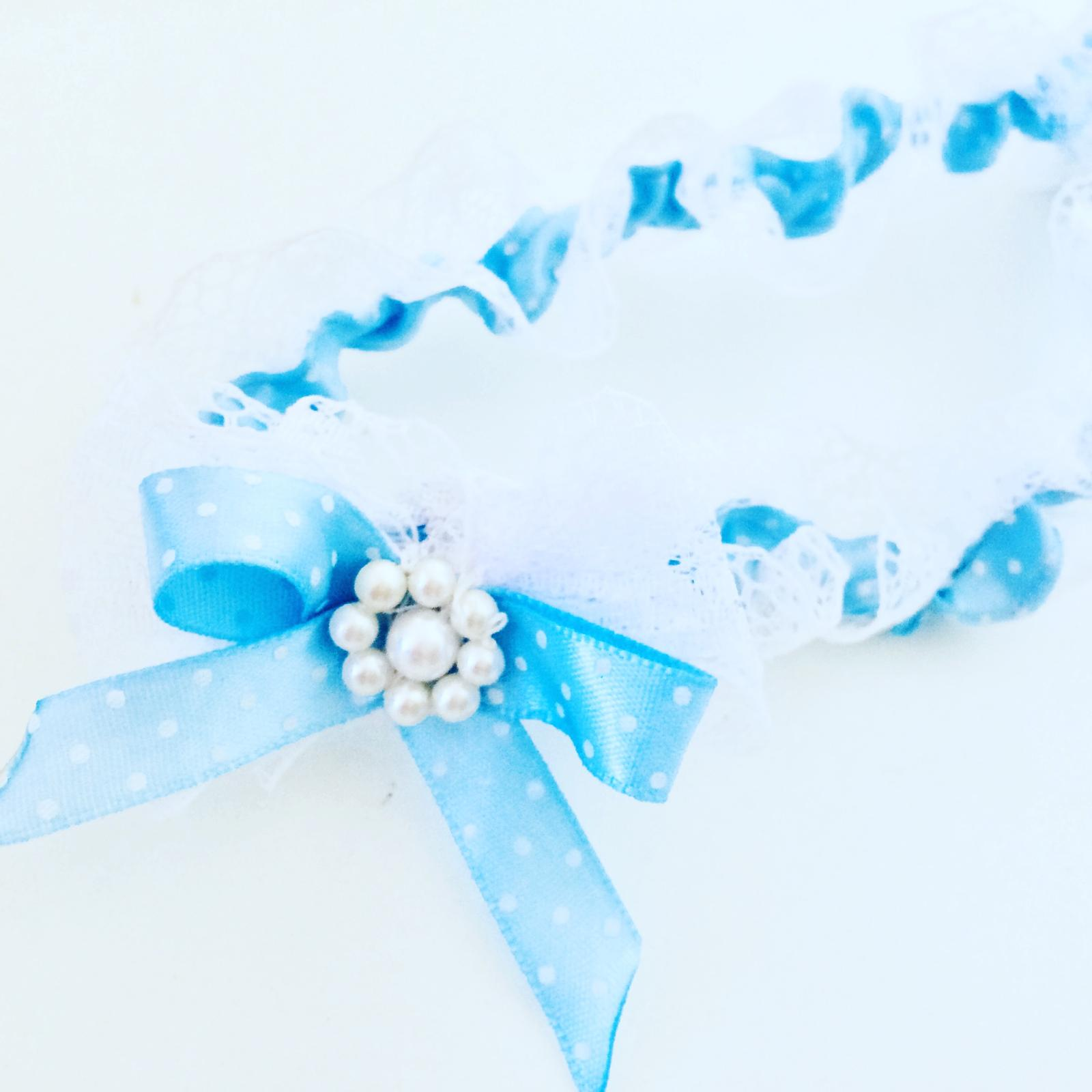 Podvazky na zakázku podle přání - 190kč - (modrý s bílou krajkou) Možno v různých barvách a obvod dle požadavku - na gumičku