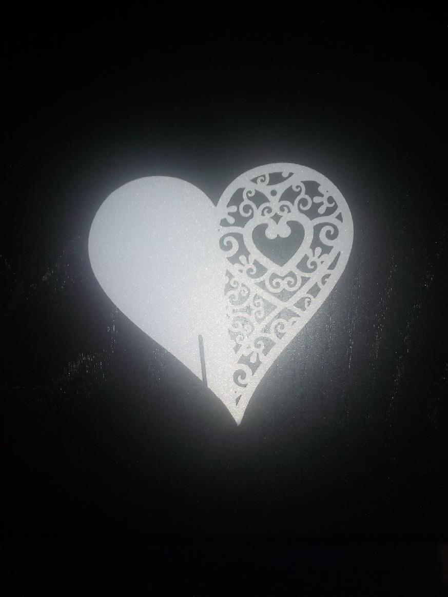 Jmenovka ve tvaru srdce - Obrázek č. 1