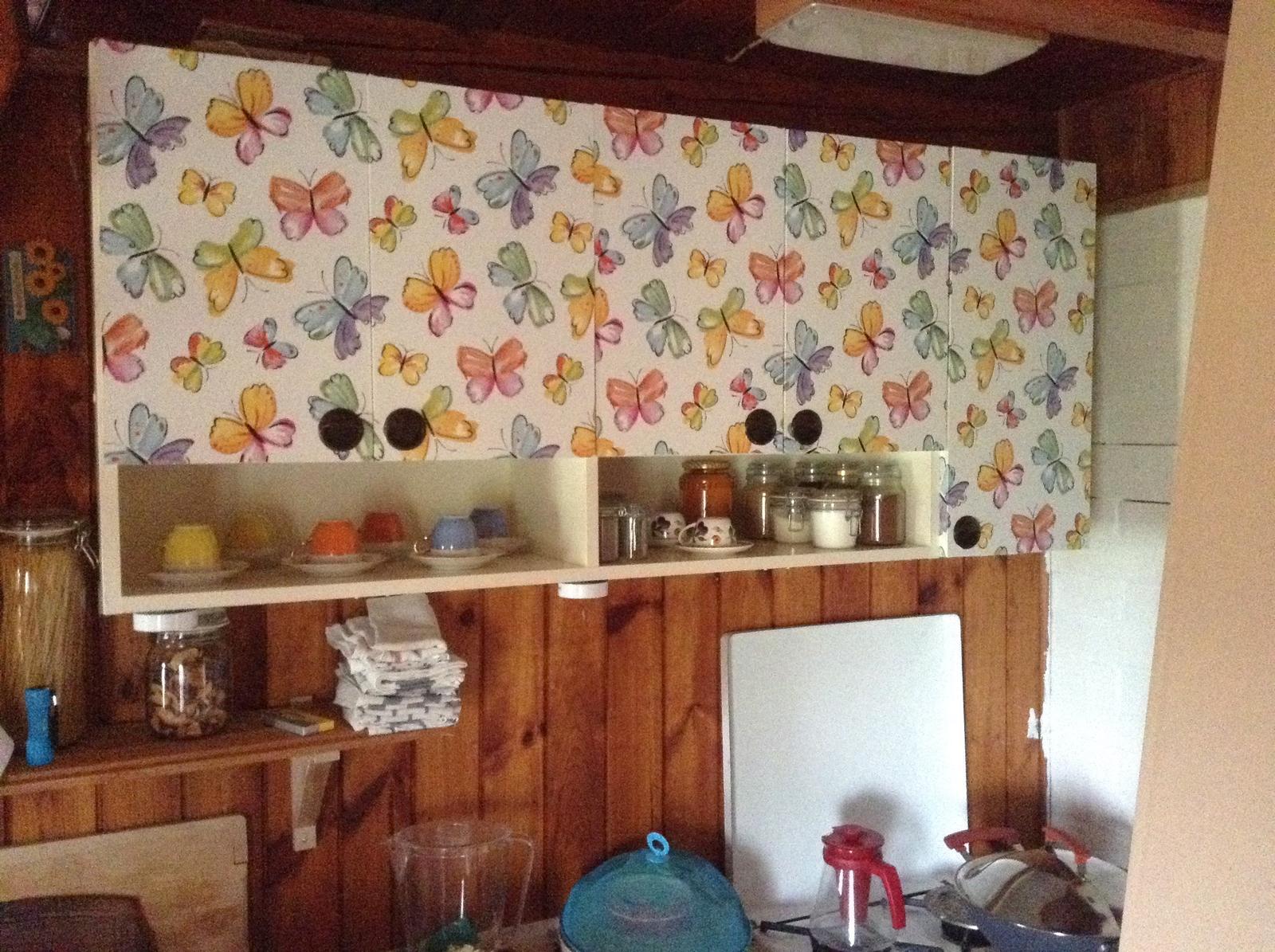 """""""Domček"""" - pracuje sa na kuchynskej linke....   motýlikovú podobu dostala asi mesiac dozadu..."""