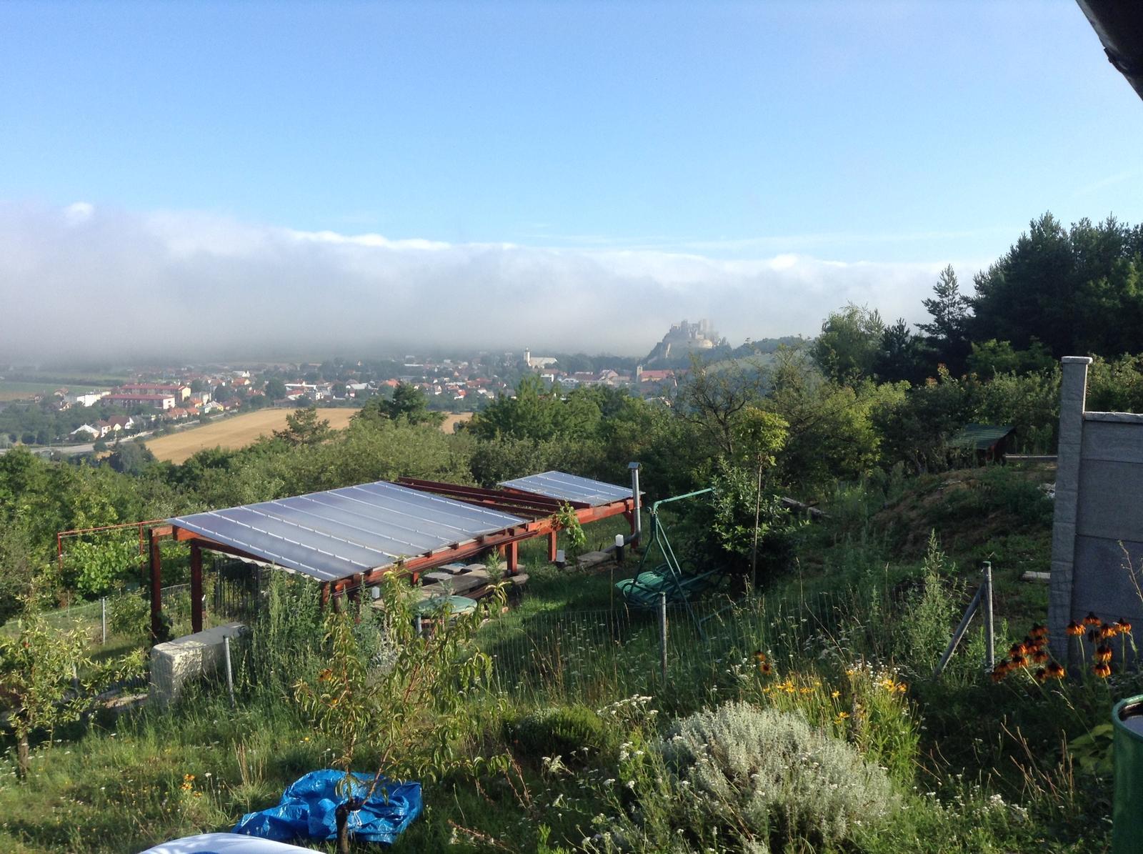 """""""Domček"""" - jeden ranný výhľad"""
