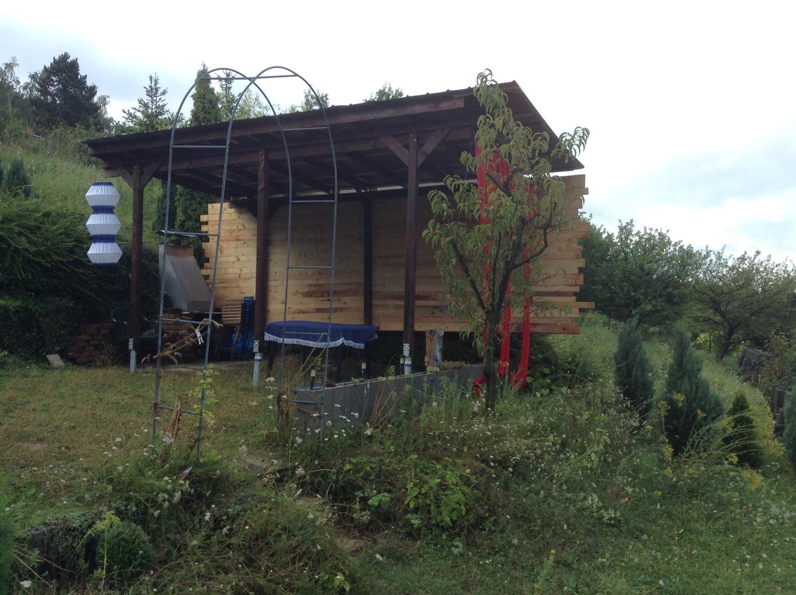 Domček - stavba altánku - Obrázok č. 312