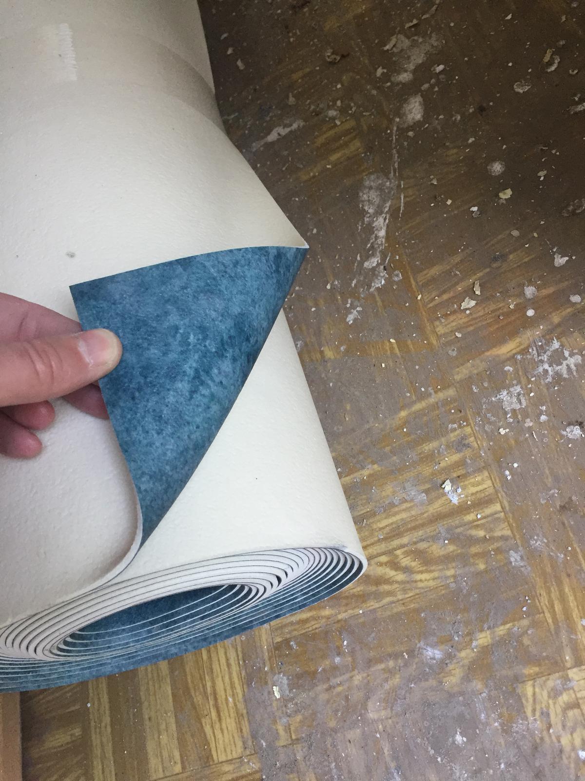 Perníková chalúpka - vybraná podlaha - drevodekor sme zamietli, a vybrali toto - úúúplne mimo všetkého, ale myslím že práve preto to tam bude fajn