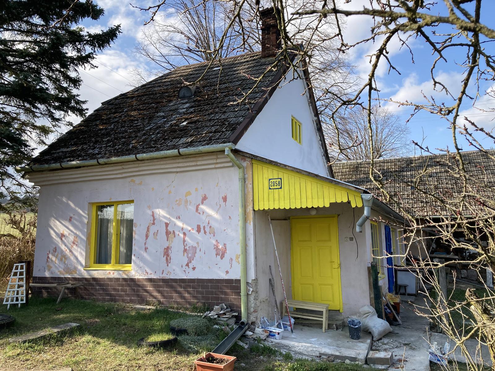 Dom - štít natretý 🥰