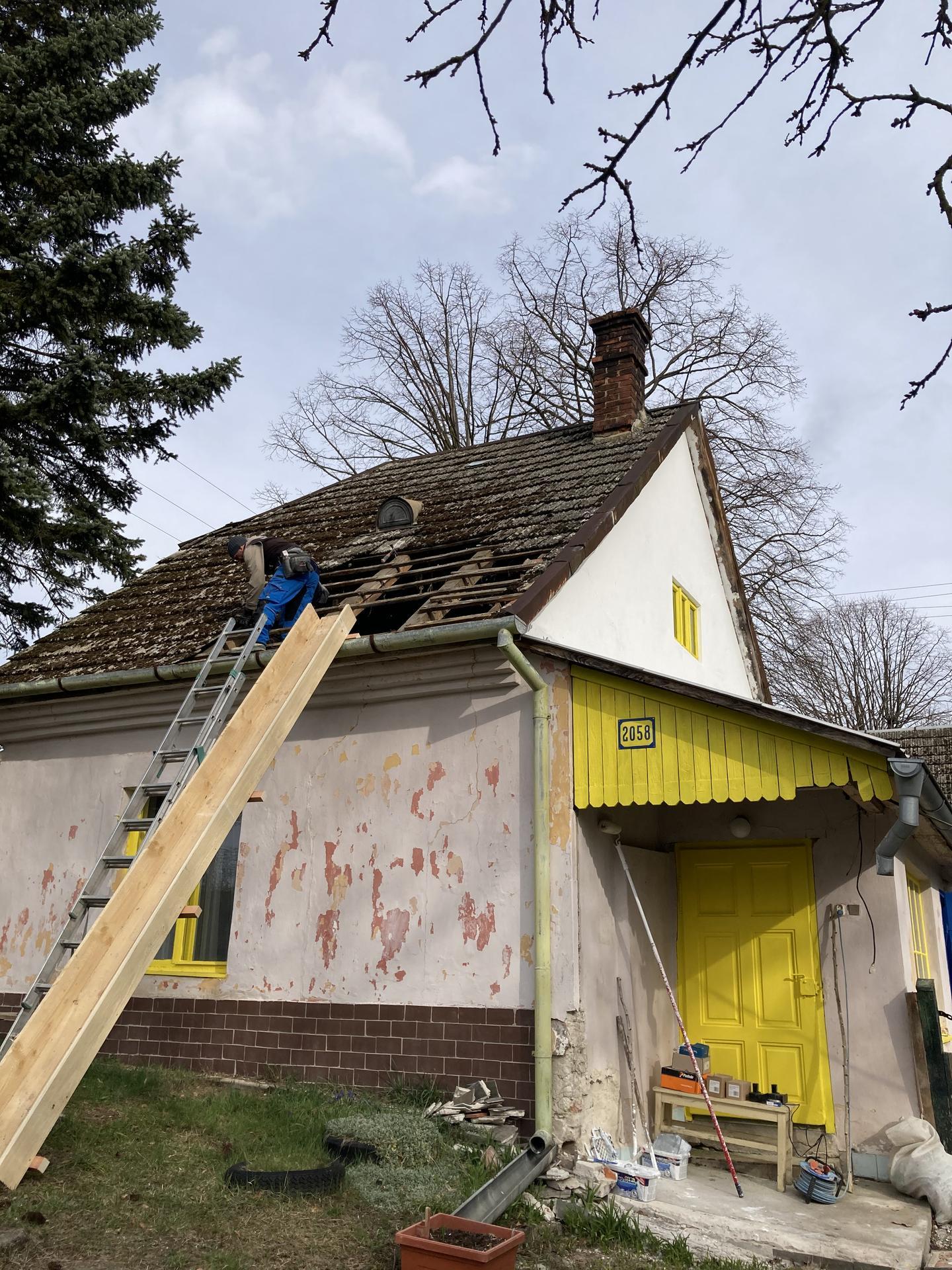 Dom - 😱  diera v streche!!!