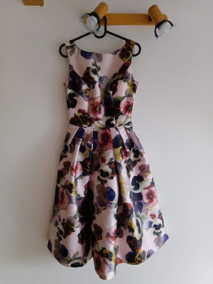Šaty CHI CHI LONDON - UK 8 - Obrázek č. 1