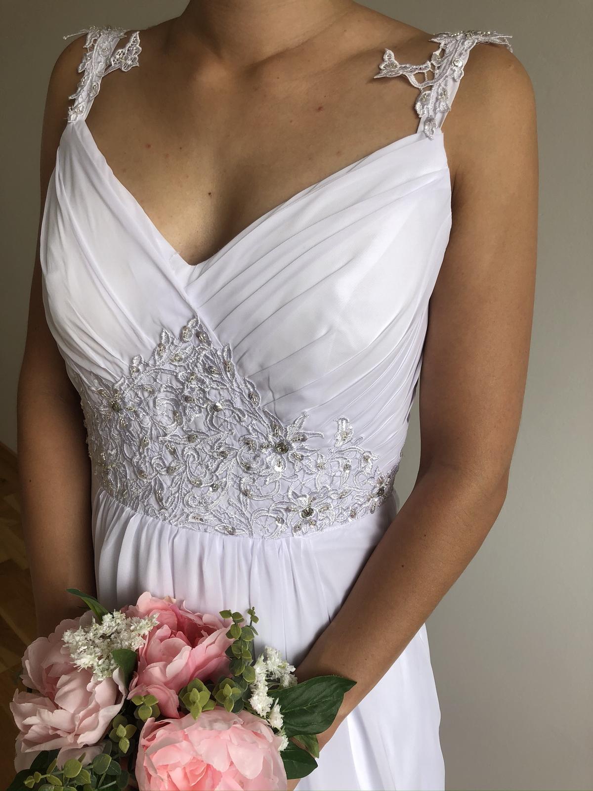 Splývavé svatební šaty, vel 40-42 - Obrázek č. 1